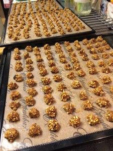 Lirio's Raw Granola bites